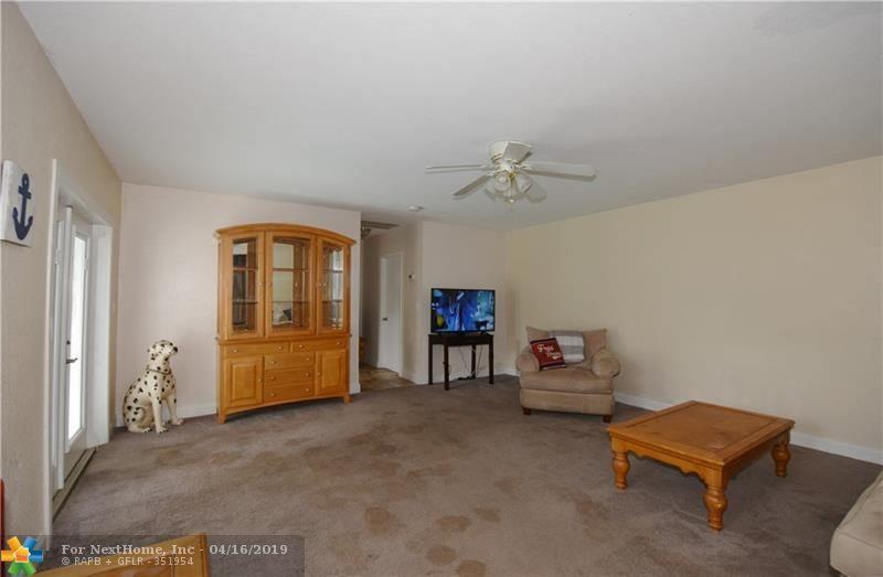 2725 NE 2nd Ave, Wilton Manors, FL 33334