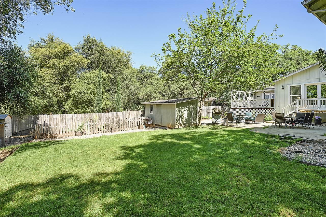 18809 Deer Hill Road, Hidden Valley Lake, CA 95467