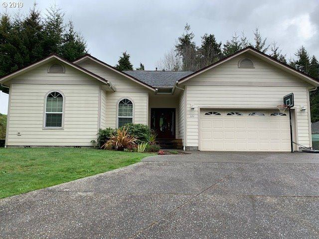644 9TH Ave, Coos Bay, OR 97420