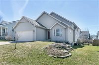 5401 Bauer Dr, Madison, WI 53718