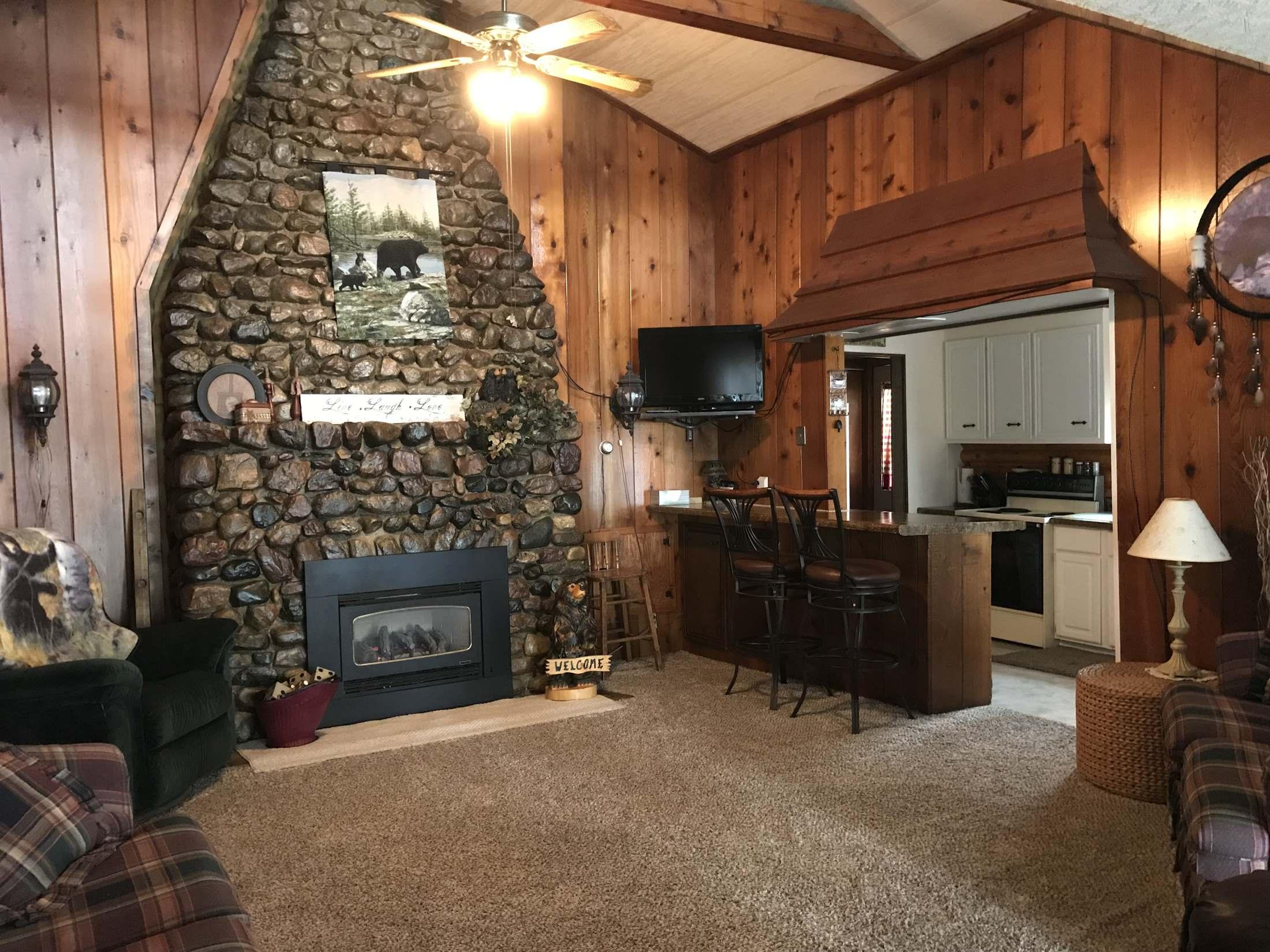 24661 McClelland Drive, Spirit Lake, IA 51360