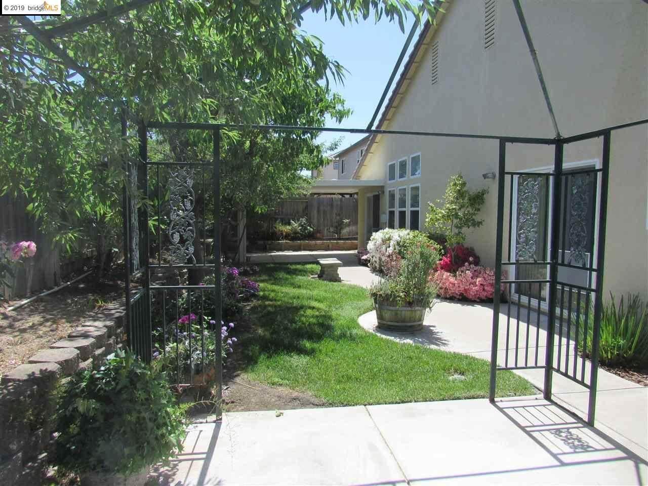 425 Acacia Drive, Oakley, CA 94561