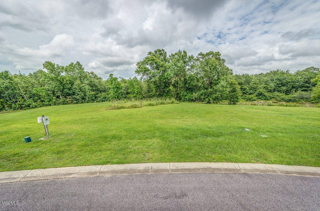 Lot 11 Tiara Dr, Gulfport, MS 39503