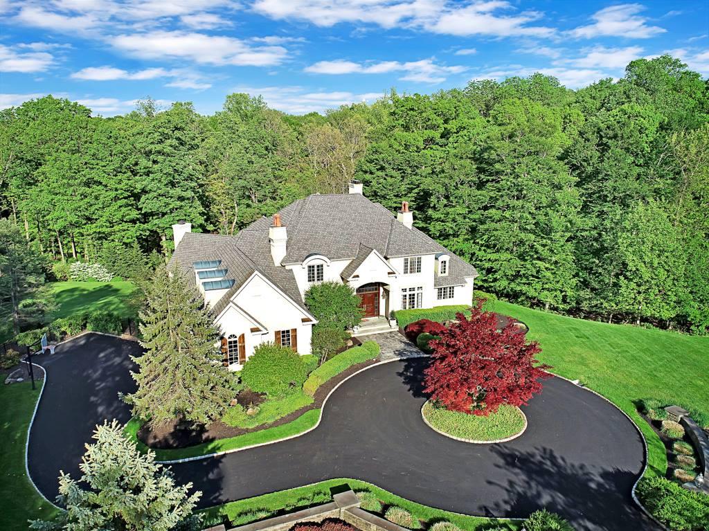 19 Stoningham Drive, Warren Township, NJ 07059
