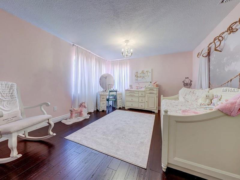 1909 Kansas Avenue NE, Saint Petersburg, FL 33703