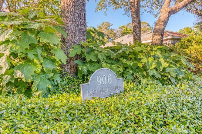 906 Trout Creek Cove, Niceville, FL 32578