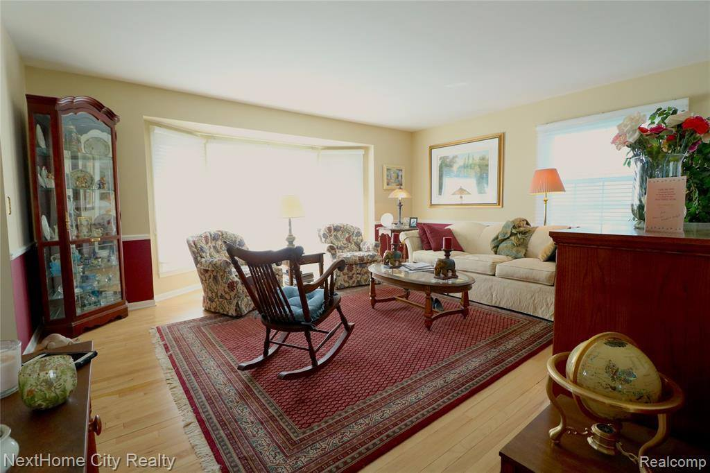 5432 Centerbrook Drive, West Bloomfield Township, MI 48322