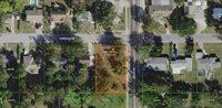 550 Avenue D SE, Winter Haven, FL 33880