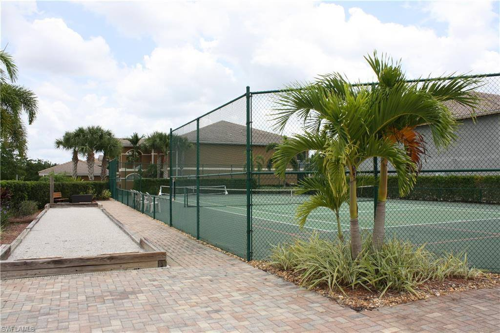 1084 Winding Pines CIR 204, Cape Coral, FL 33909