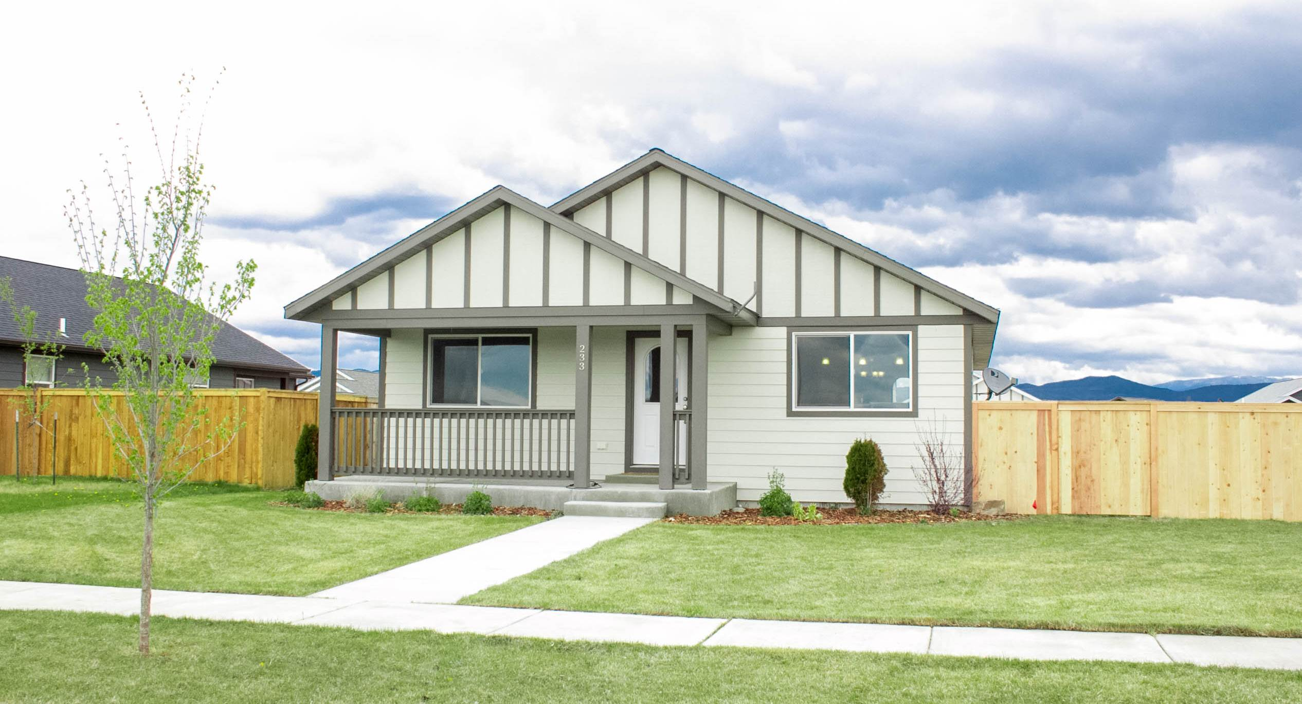 233 Centennial Village, Manhattan, MT 59741