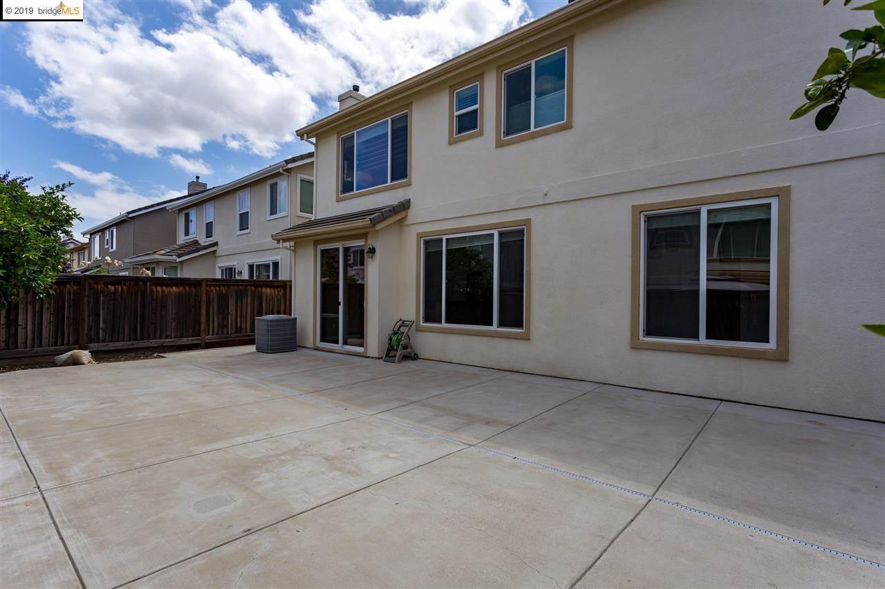 1165 Tropicana Ln, Brentwood, CA 94513