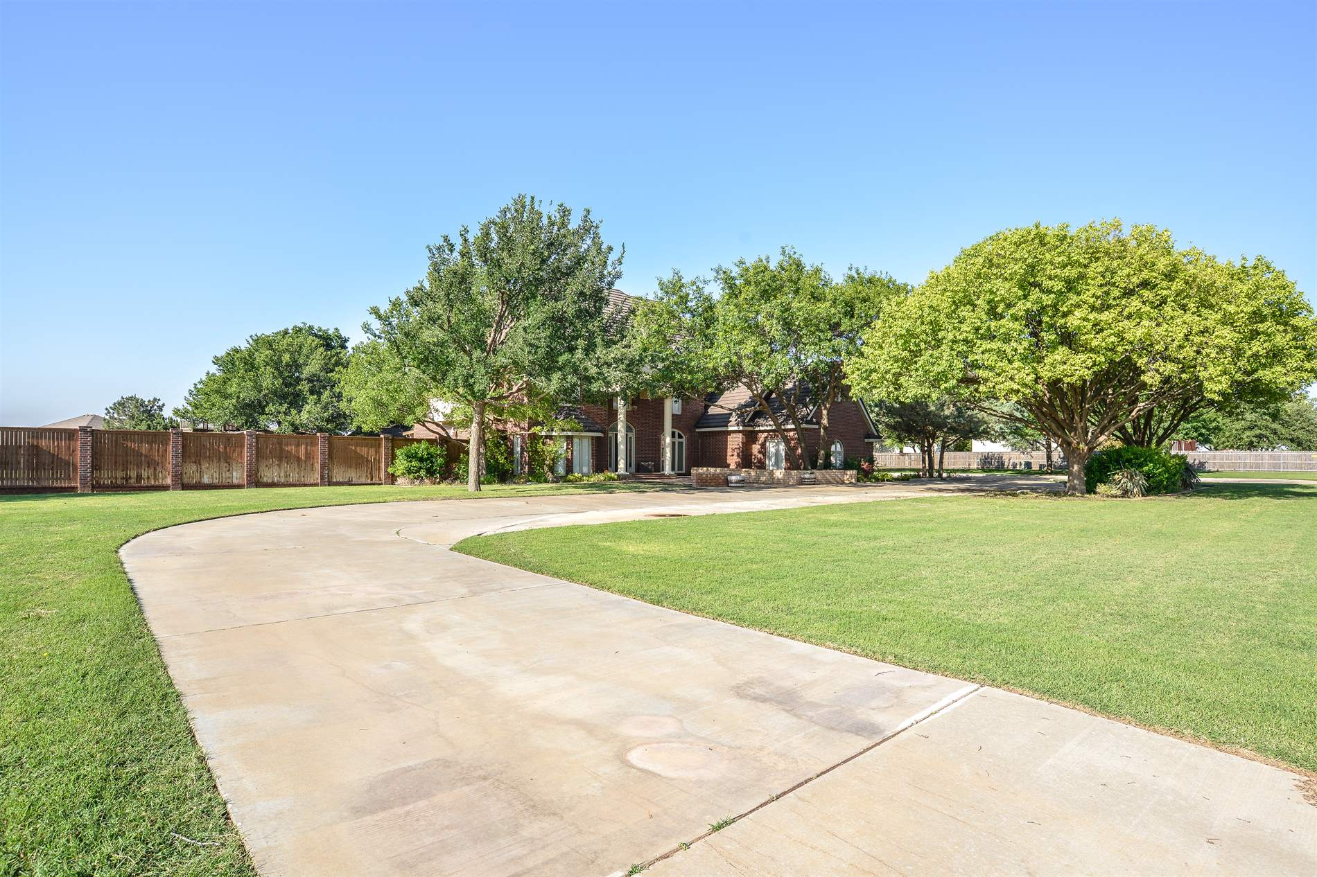 7201 87th Street, Lubbock, TX 79424