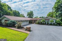 1709 Fox Hunt Lane, Harrisburg, PA 17110