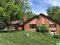2225 Indian Hills Dr., Sioux City, IA 51104