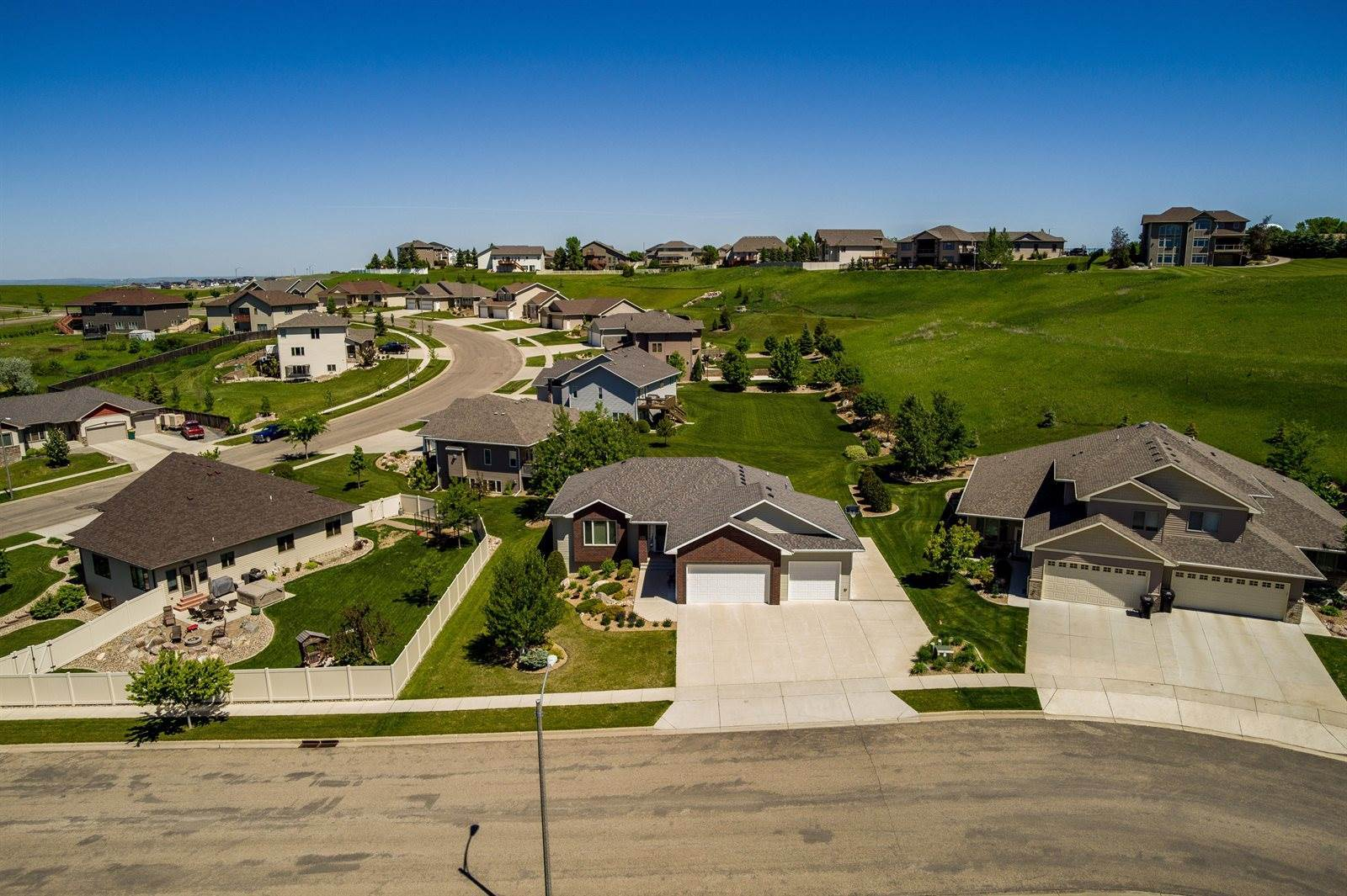 3612 Chevelle Circle, Bismarck, ND 58503