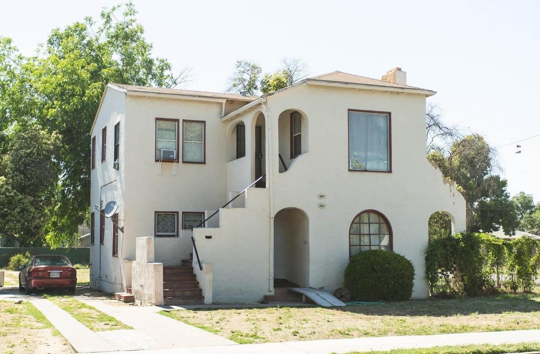 373 North Roosevelt Avenue, Fresno, CA 93701