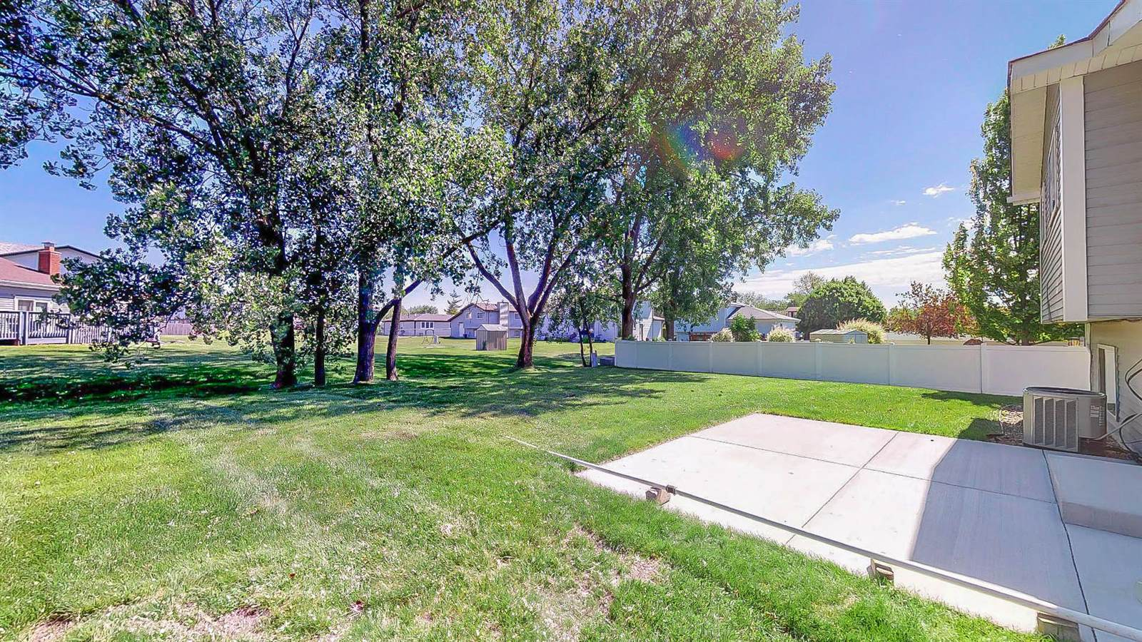 6132 Allemong Drive, Matteson, IL 60443
