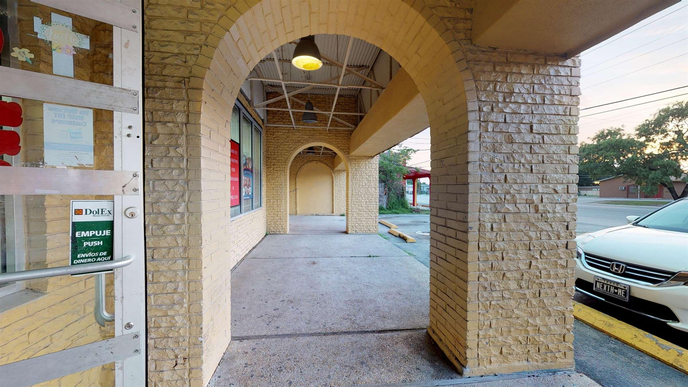 2407 Pinn Rd, San Antonio, TX 78227