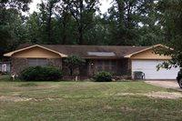228 Cherokee Trail, Texarkana, TX 75501