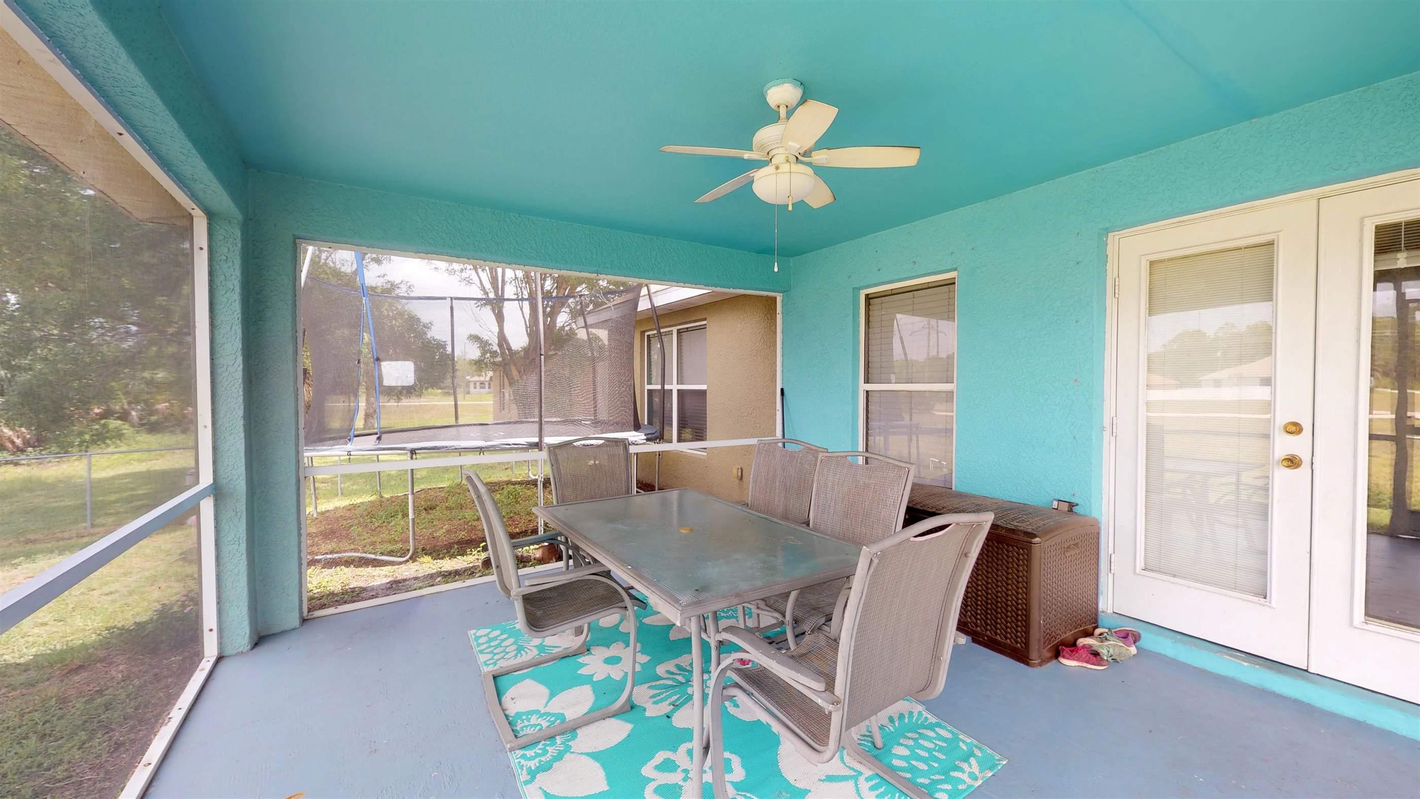 3400 NE 9th Ave, Cape Coral, FL 33909