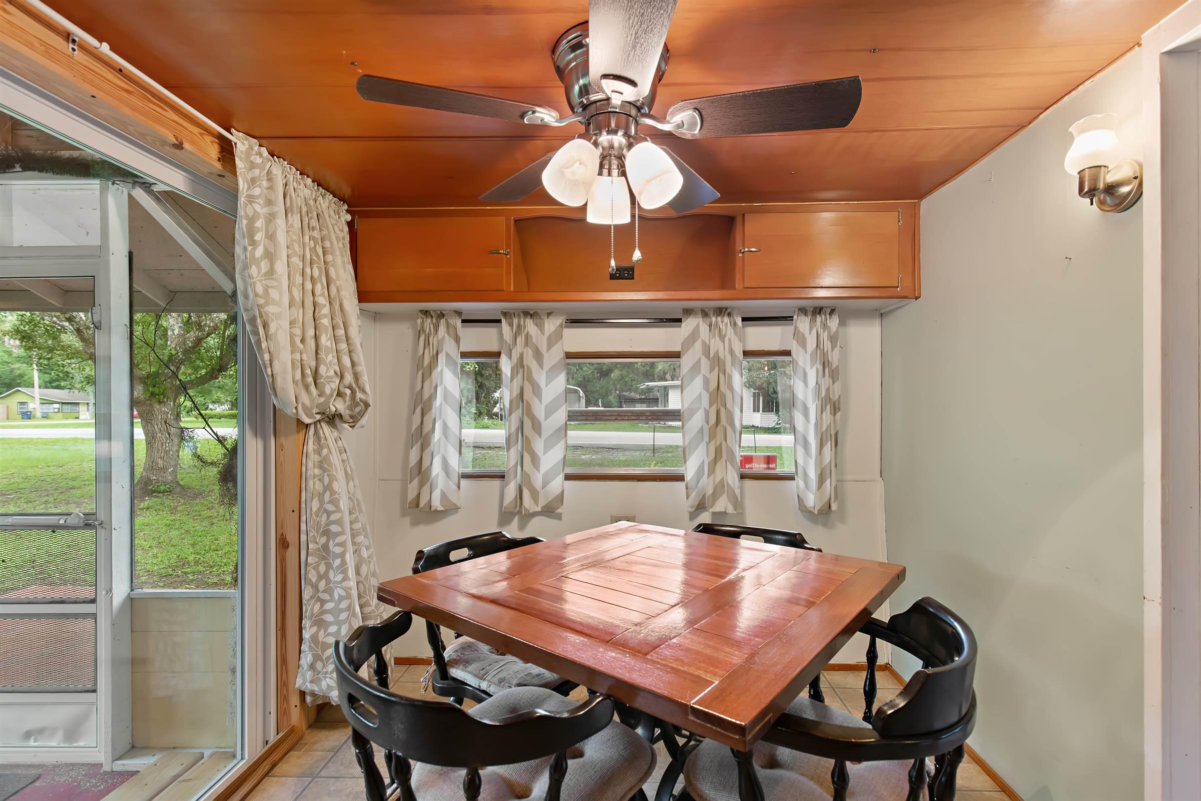 15236 Edgewater Avenue, Nobleton, FL 34661