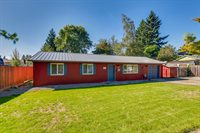 643 North Locust St, Canby, OR 97013