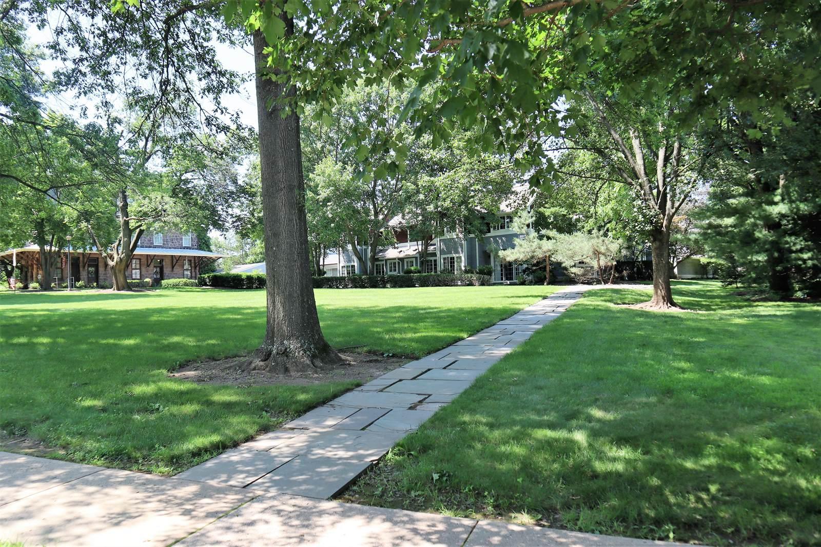 12 West Franklin Avenue, Pennington, NJ 08534