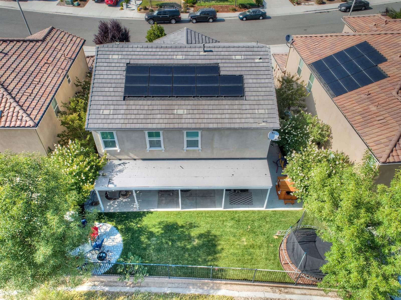 20534 Brookie Ln, Saugus, CA 91350