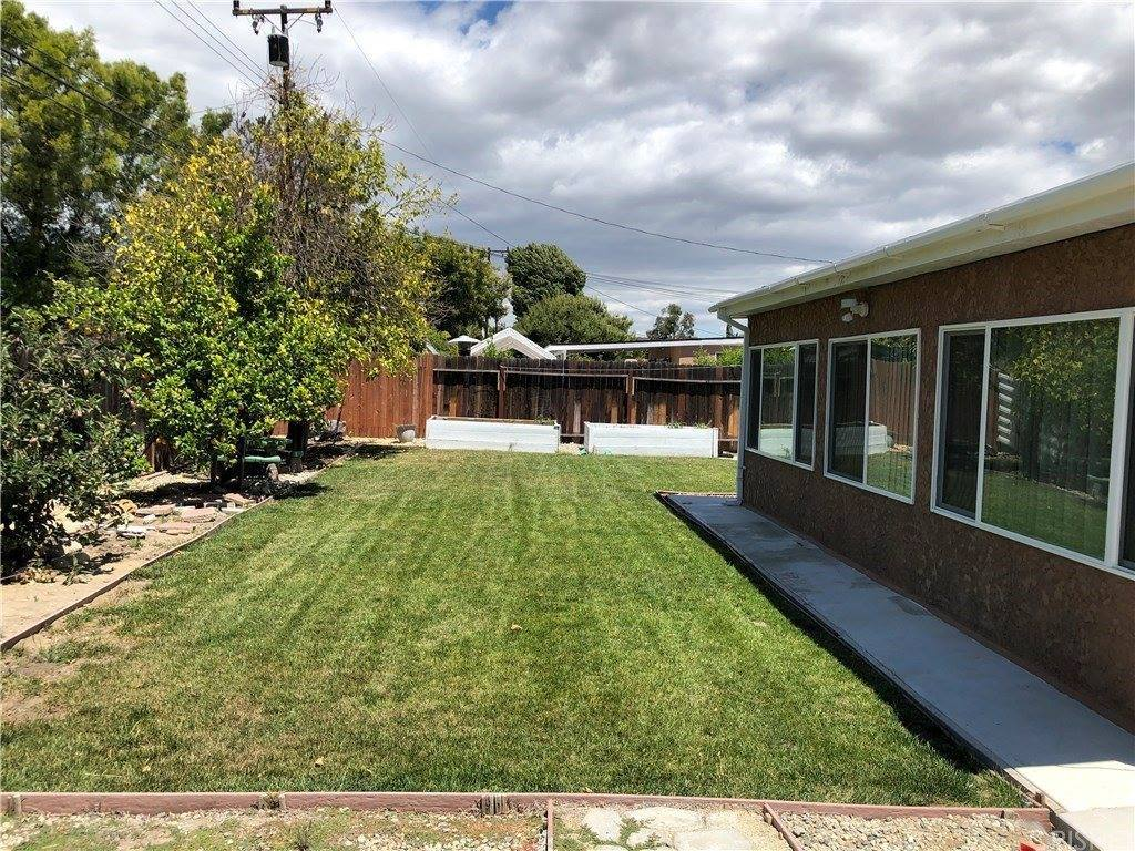 1525 Sutter Avenue, Simi Valley, CA 93065