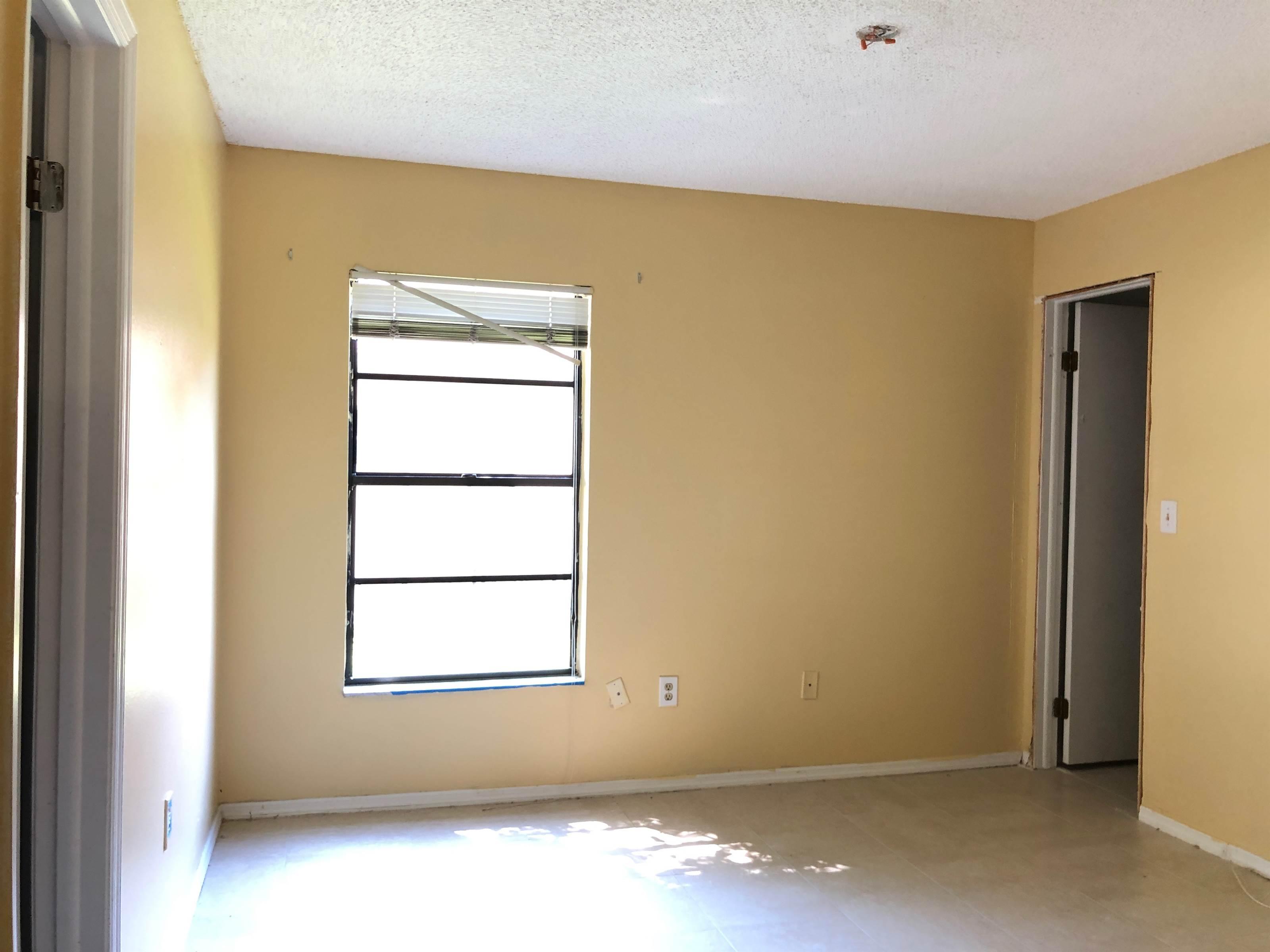 9615 Cypress Brook Road, Tampa, FL 33647