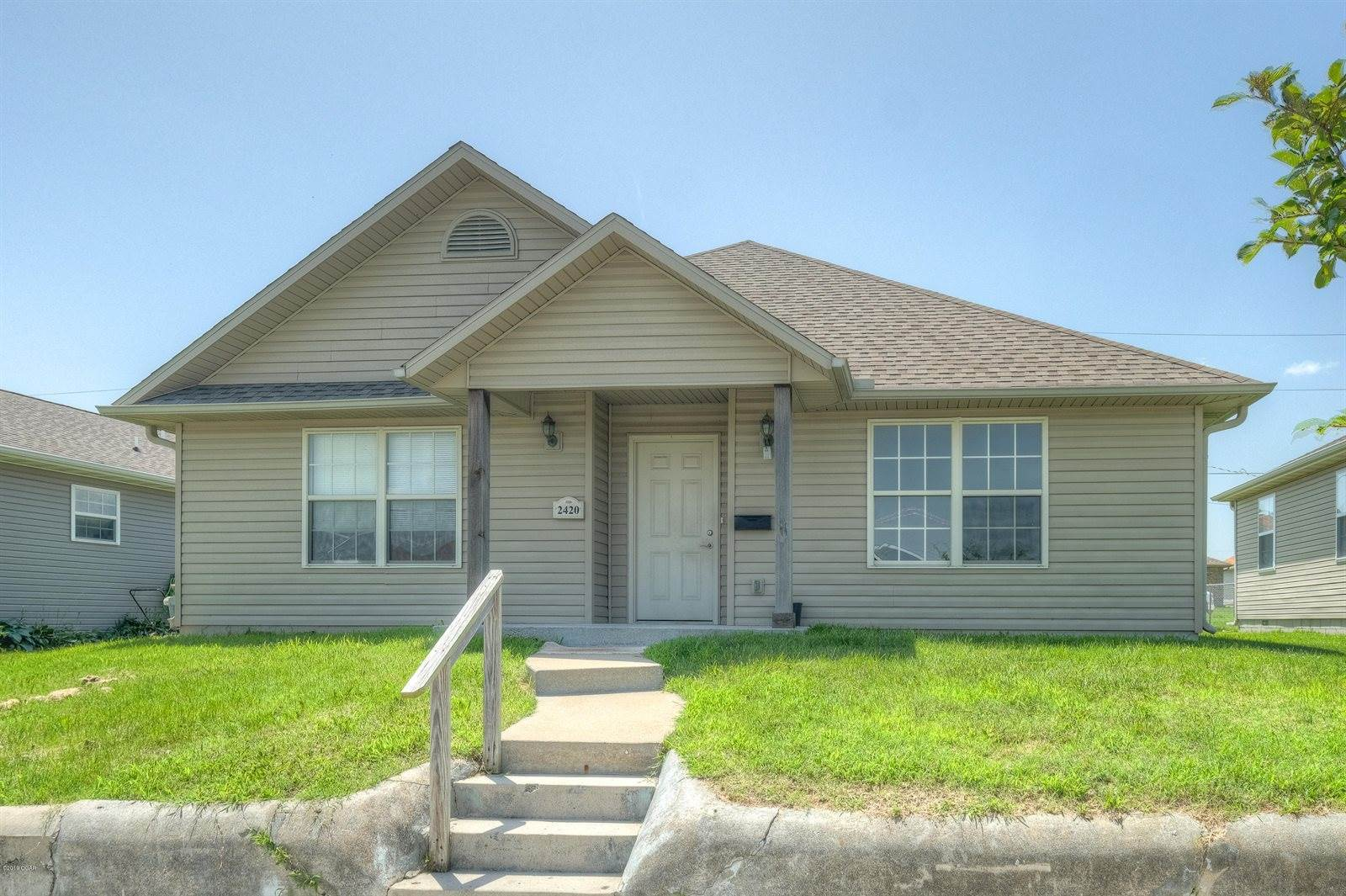 2420 South Empire Avenue, Joplin, MO 64804