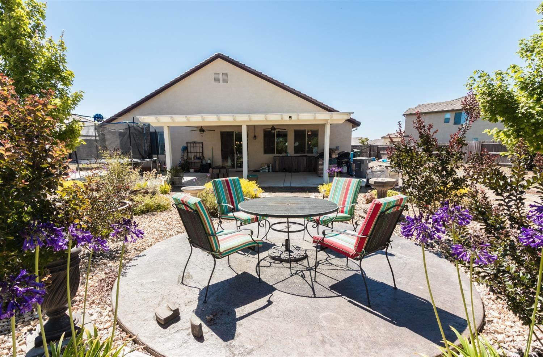 1341 Bertas Court, Plumas Lake, CA 95961