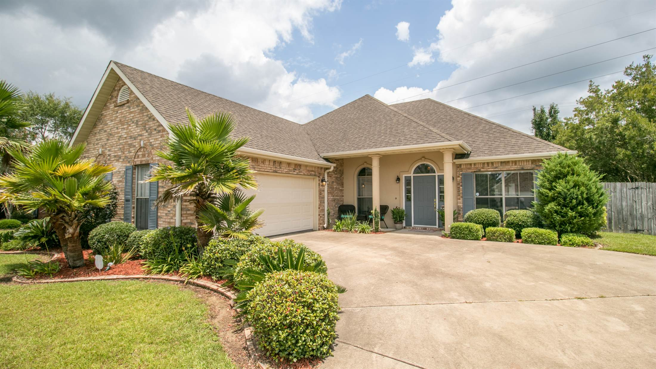 15392 Summerfield Dr, Gulfport, MS 39503