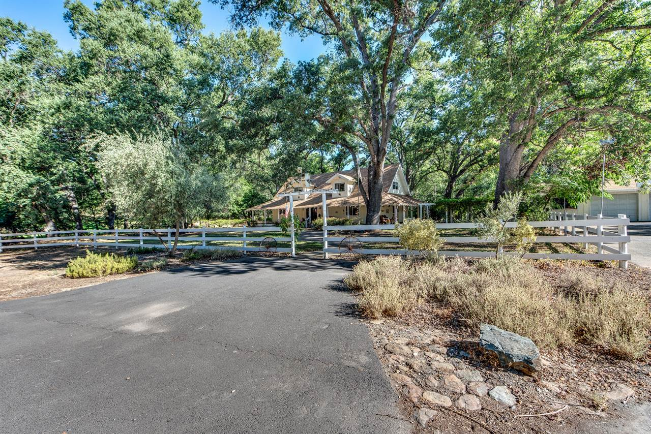 4366 Ranch Rd, Angels Camp, CA 95222