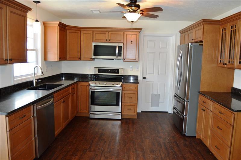 603 Crestview Lane, Lower Burrell, PA 15068