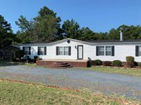 106 Holly Place, West End, NC 27376