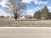 48th St W (L10 B4), Williston, ND 58801