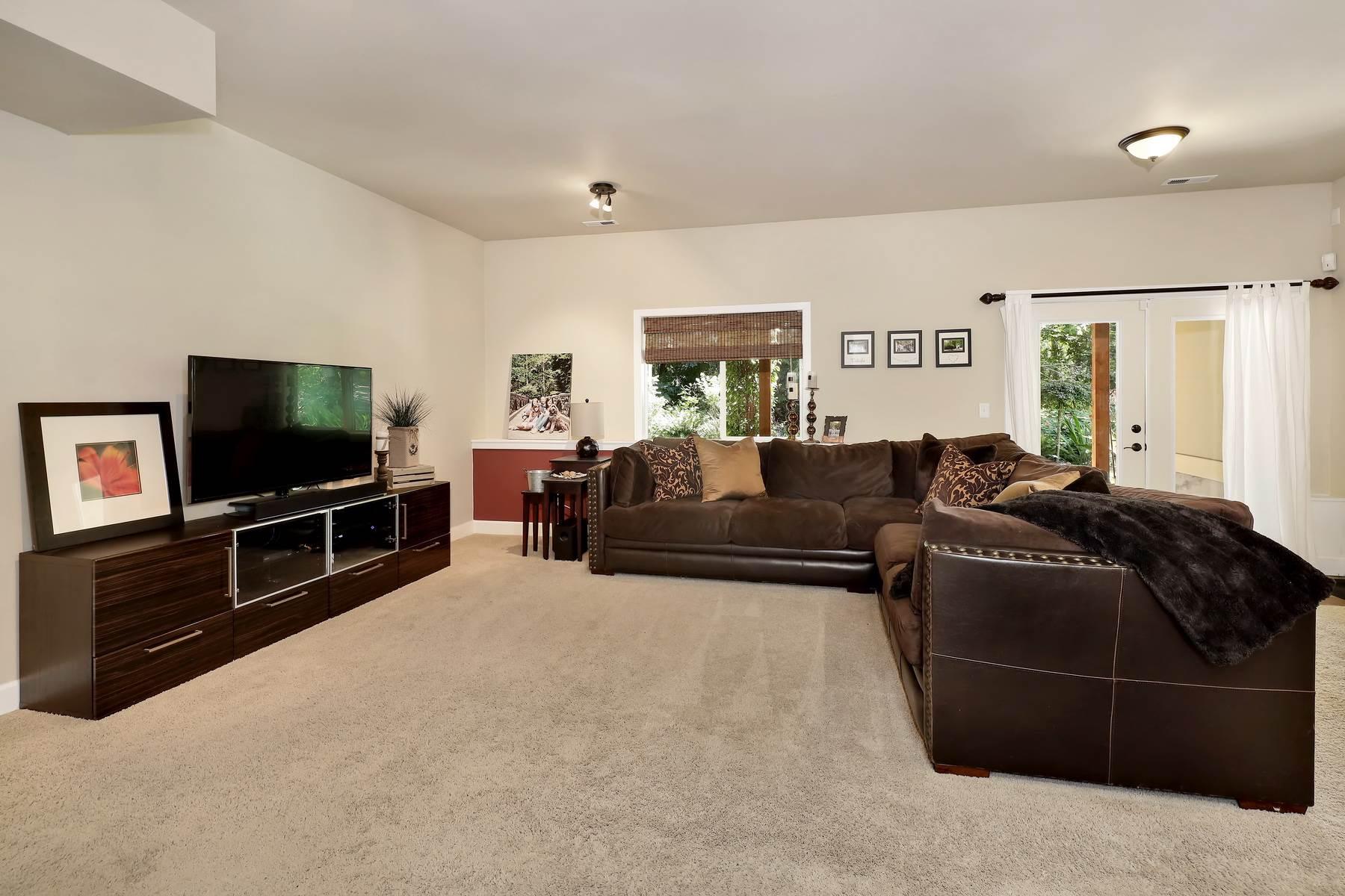 3637 Woodlake Rd, Bellingham, WA 98226
