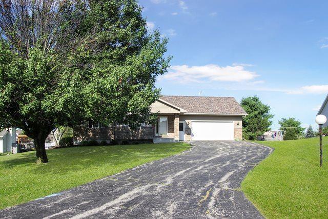 320 Hillside Court, Orangeville, IL 61060