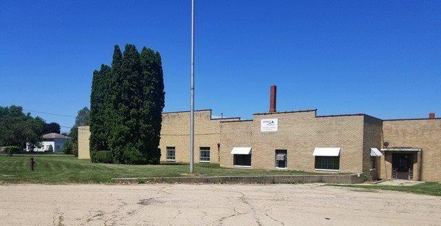 1235 South Adams Avenue, Freeport, IL 61032