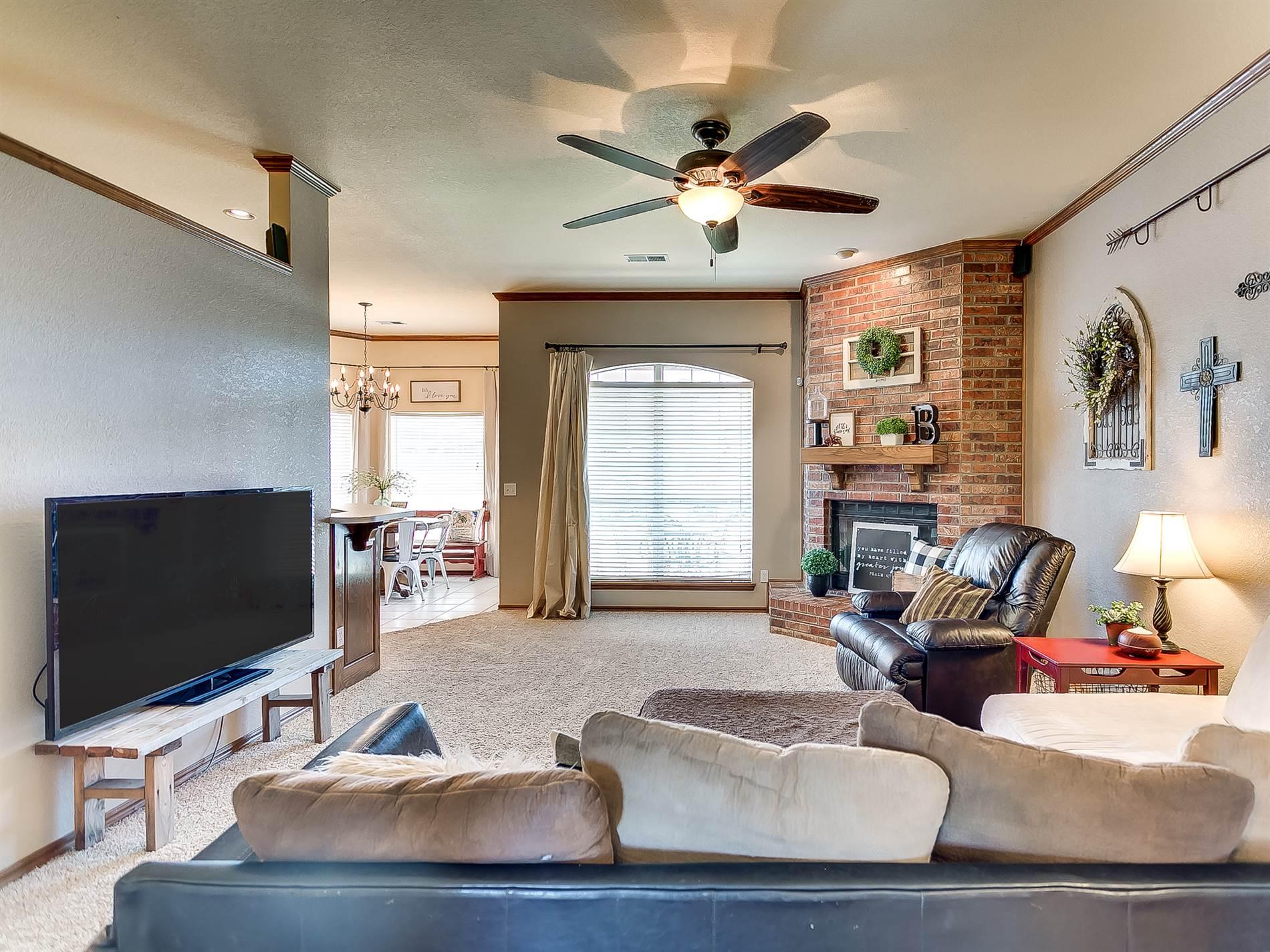 528 SW 153RD ST, Oklahoma City, OK 73170