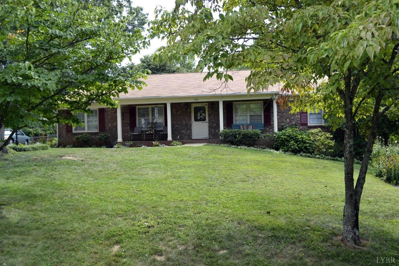 104 Buxton Drive, Lynchburg, VA 24502