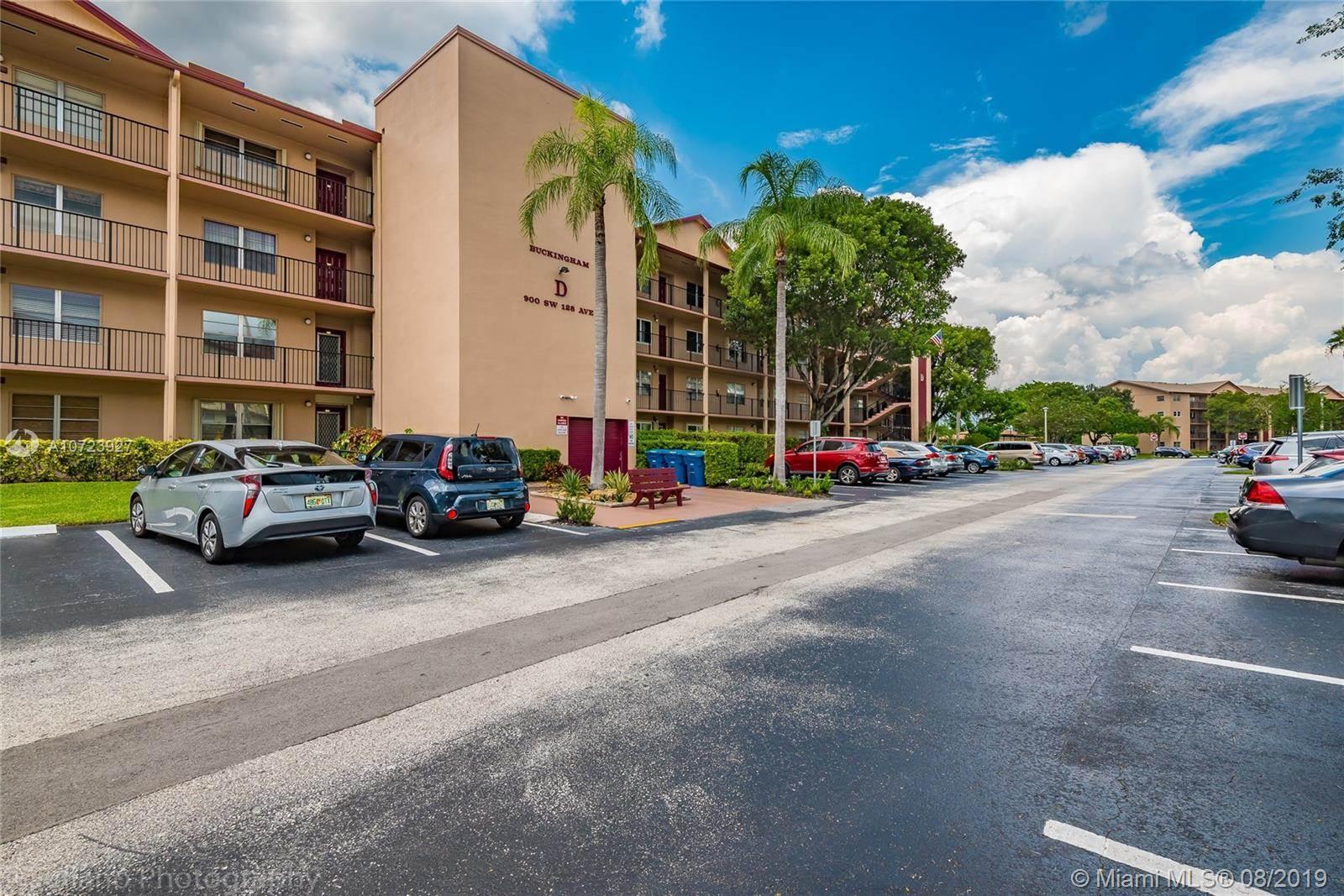 900 SW 128th Ave, #206D, Pembroke Pines, FL 33027