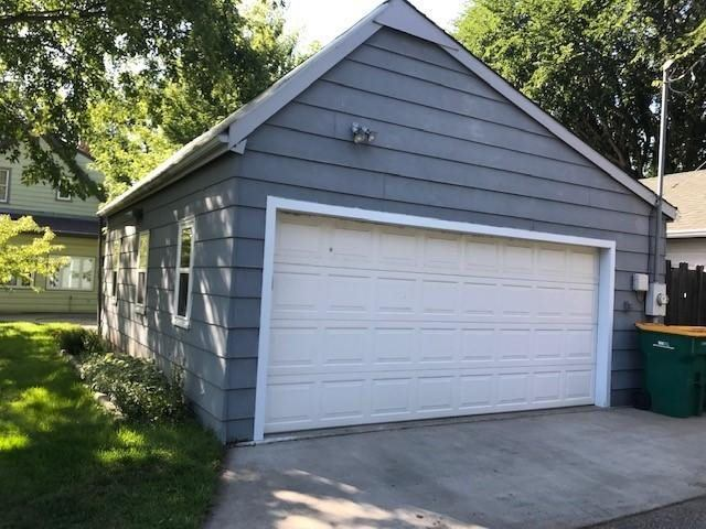 809 N 9th Street, Bismarck, ND 58501