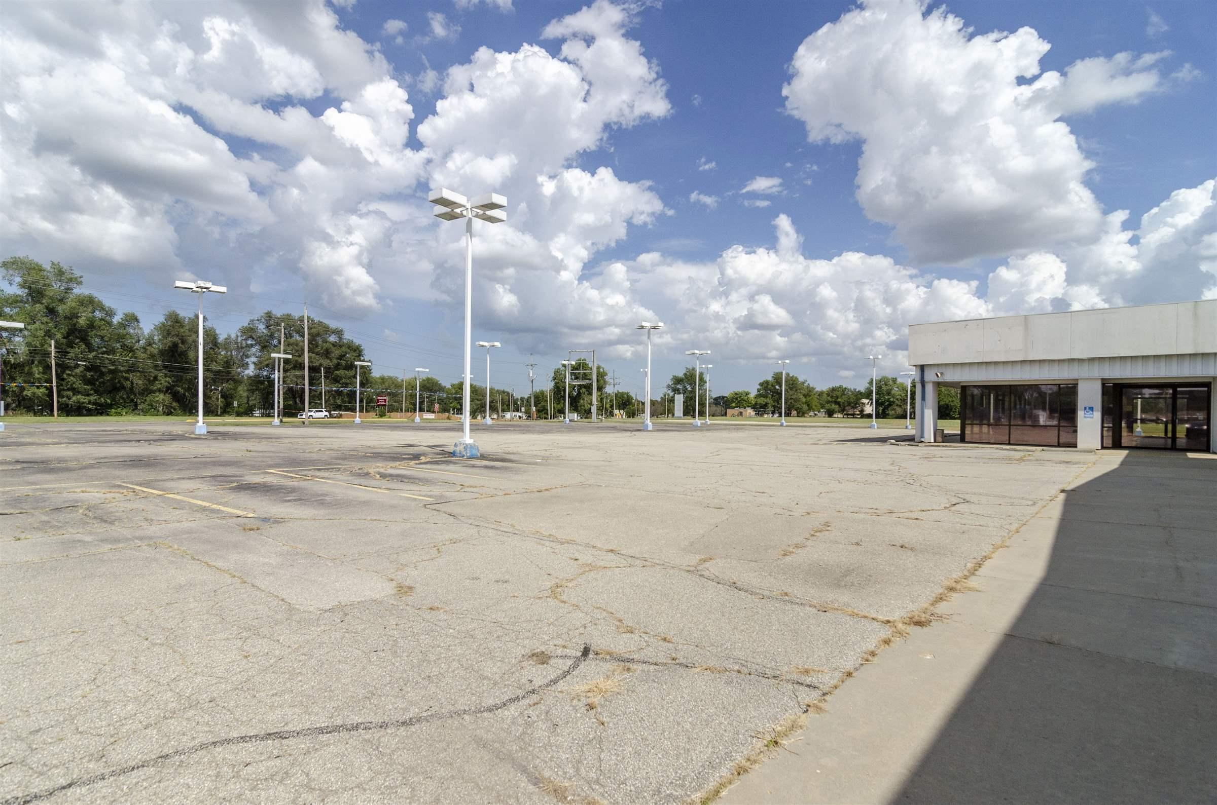 375 Grant Avenue, Junction City, KS 66441