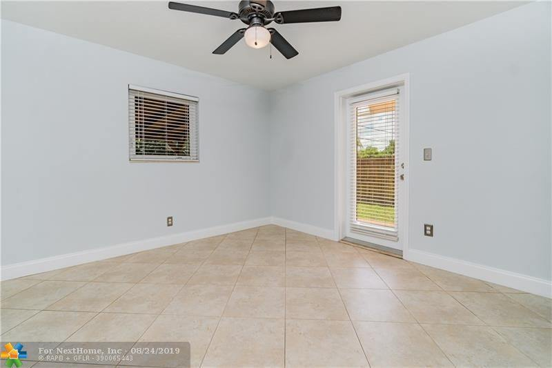 70 NE 56th Ct, Oakland Park, FL 33334