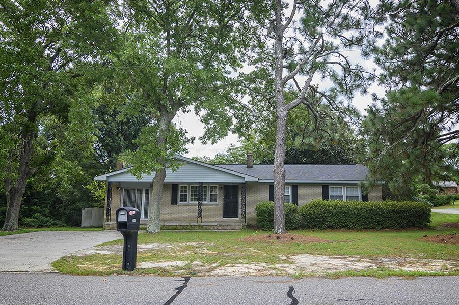 205 North Glover Street, Southern Pines, NC 28387