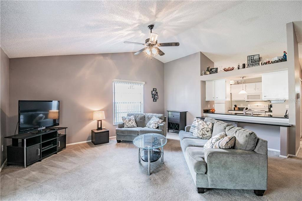 8024 Lesia Circle, Orlando, FL 32835