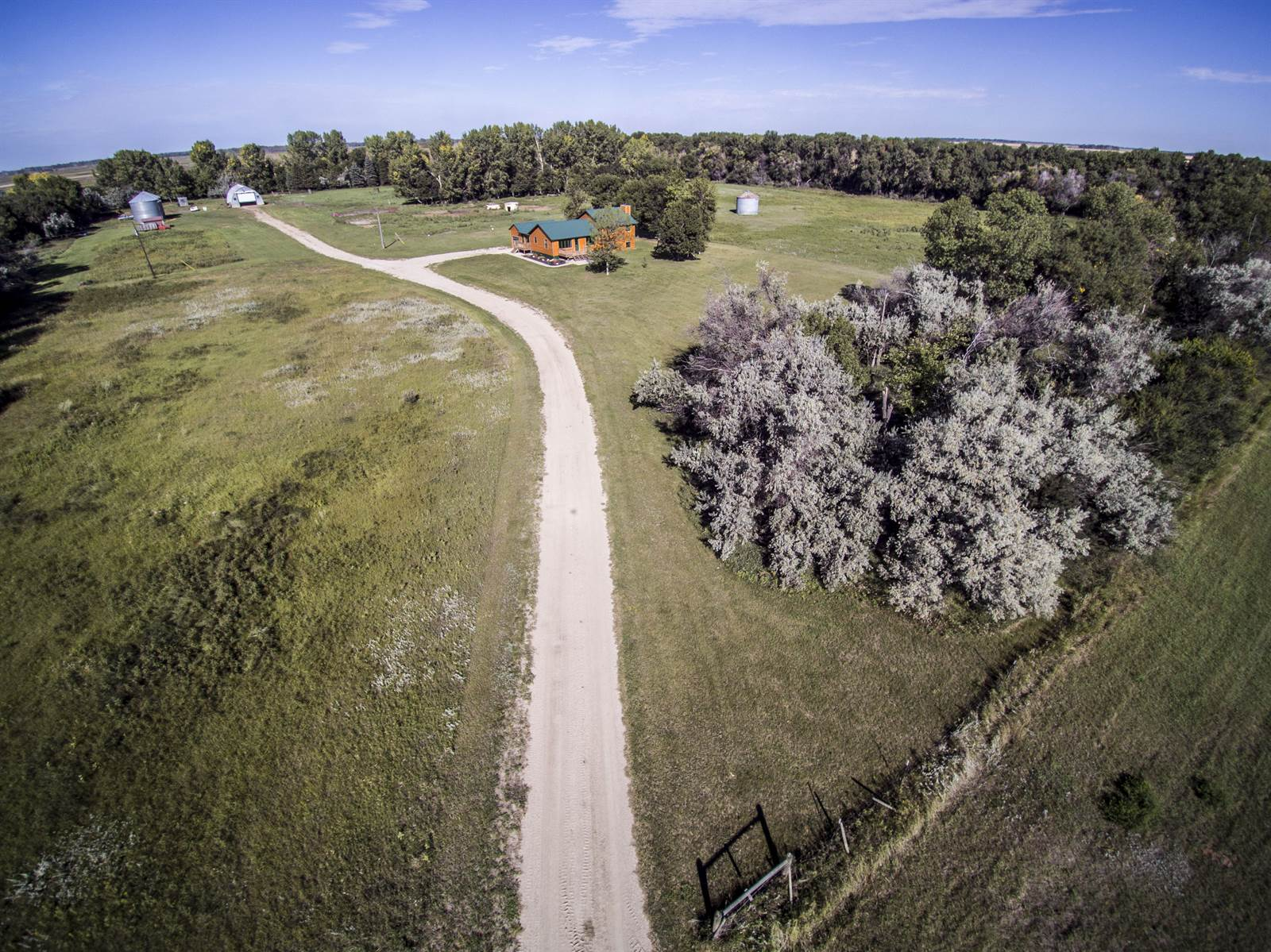 8521 NW 12th Ave, Upham, ND 58789