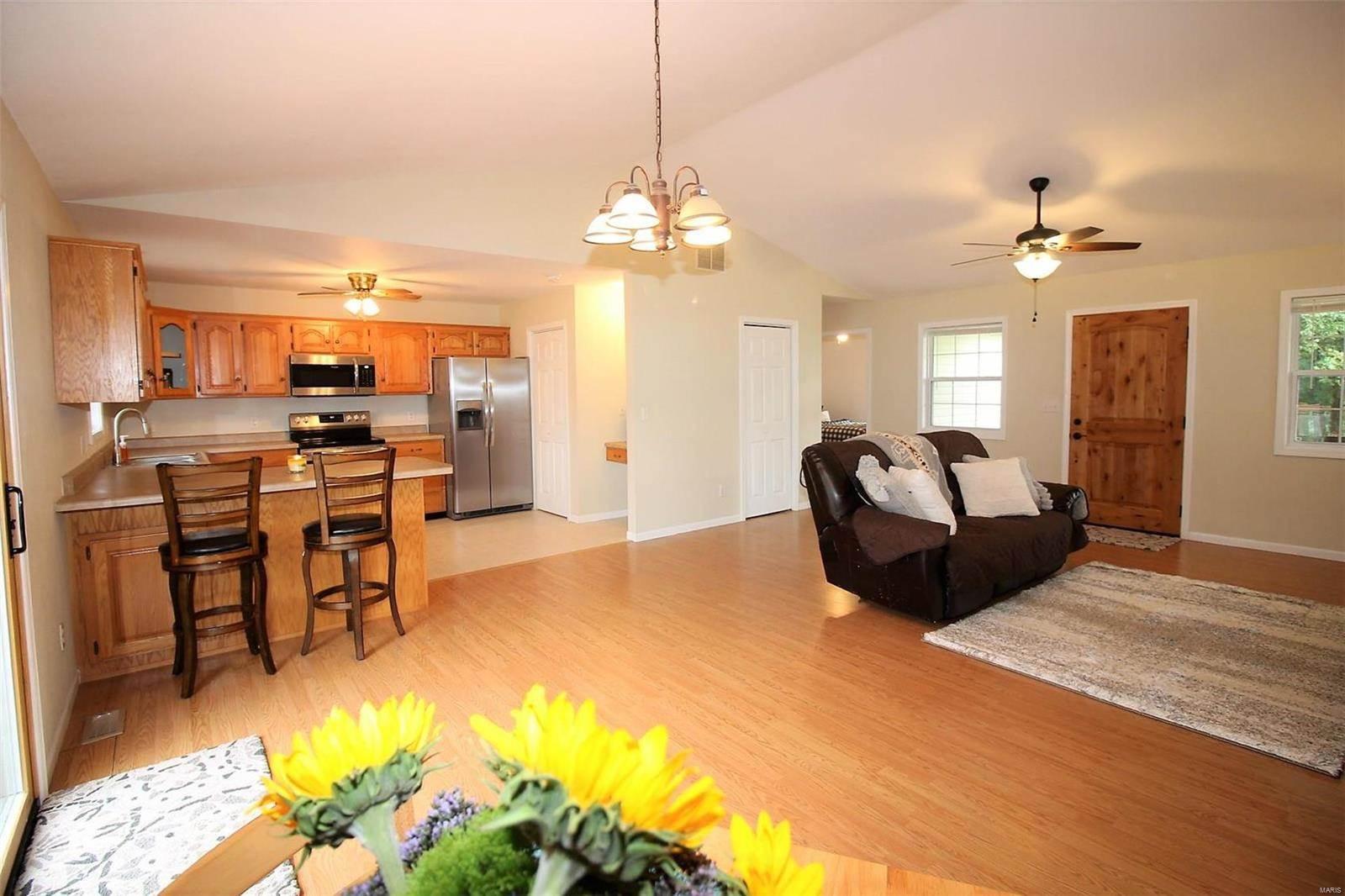 22364 Bear Ridge Drive, Crocker, MO 65452